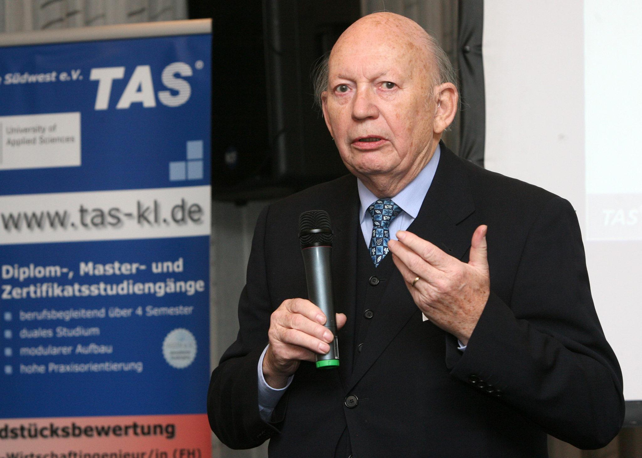 Lothar Scherer